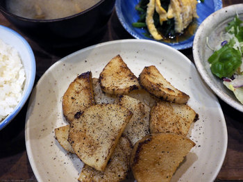 Chinese-yam-butter-soy-sauce-fry.jpg