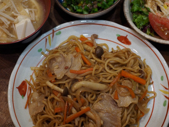 Fried-noodles-of-the-soy-sauce-butter-taste.jpg