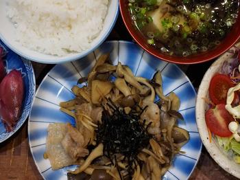 Mushroom-and-pork-stir-fry.jpg