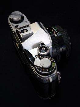 canonAE-1-.jpg