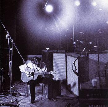 lennon-acoustic4.jpg